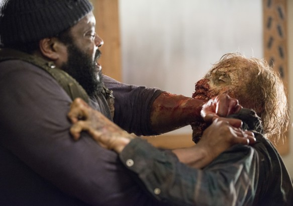 Tyreese_and_zombie